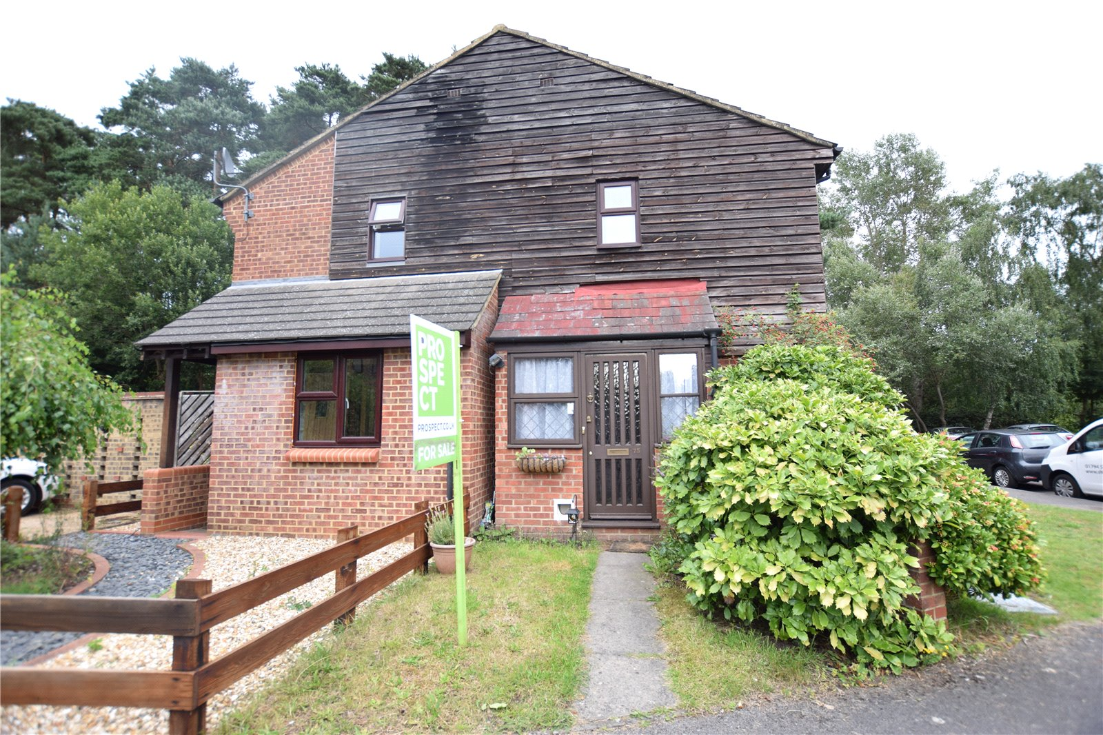 1 Bedroom End Of Terrace House for sale in Hythe Close, Forest Park, Bracknell, Berkshire, RG12