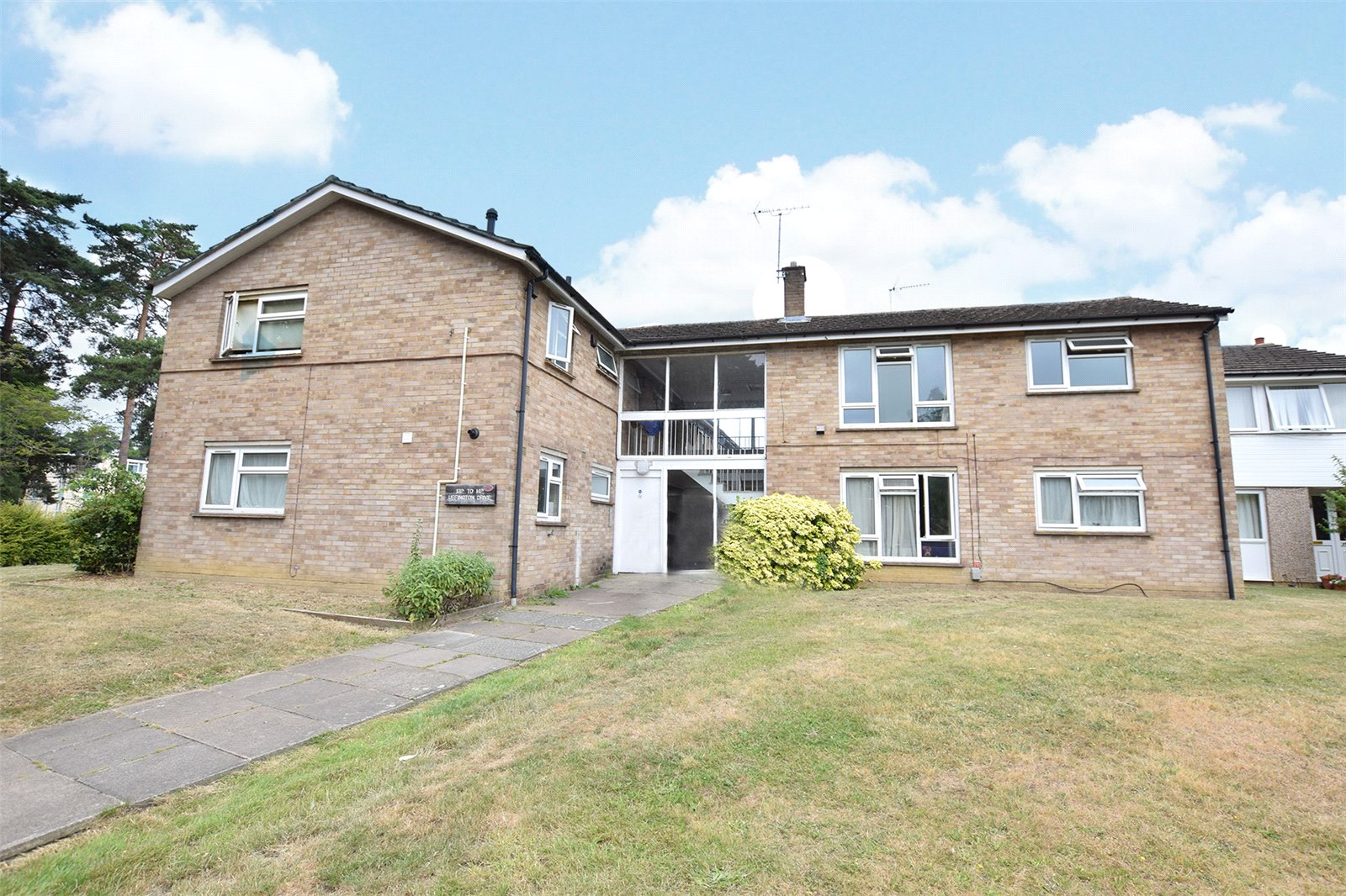 1 Bedroom Apartment Flat for sale in Uffington Drive, Harmans Water, Bracknell, Berkshire, RG12