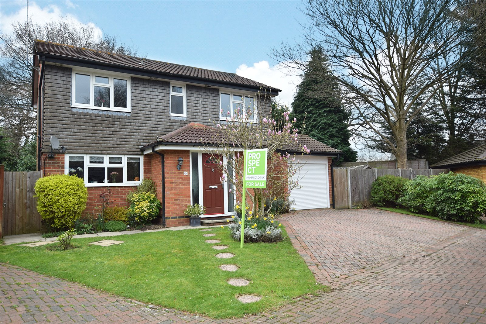 4 Bedrooms Detached House for sale in Aldworth Close, Bracknell, Berkshire, RG12