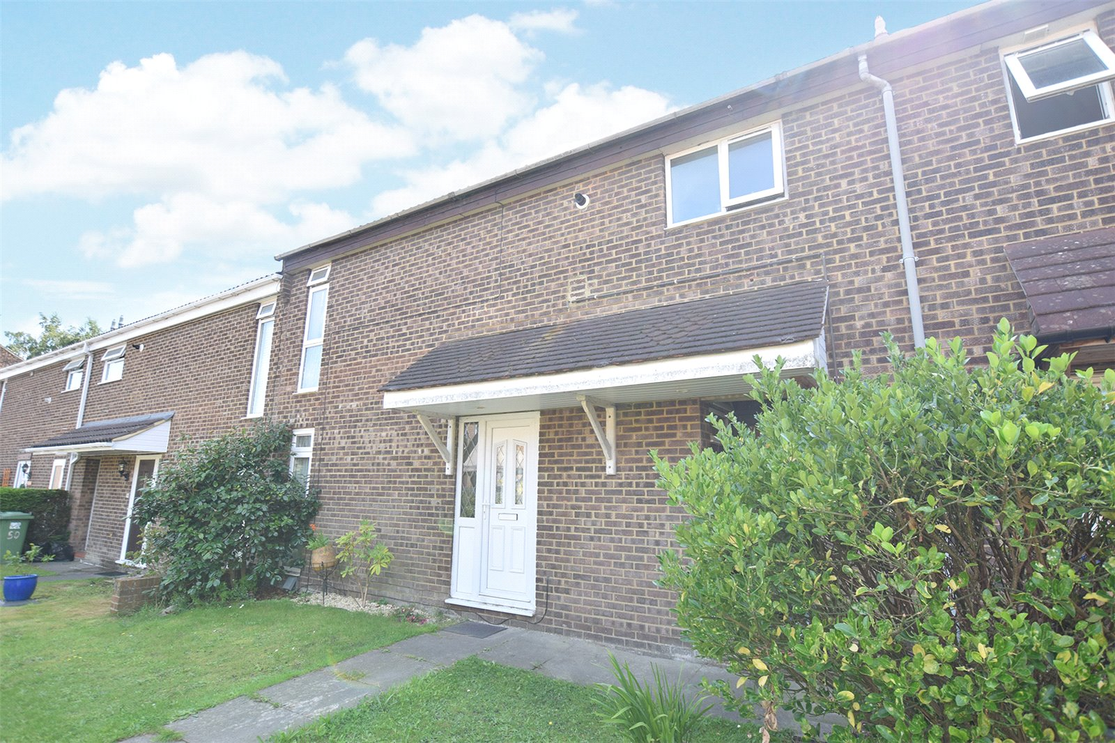 3 Bedrooms Maisonette Flat for sale in Nettlecombe, Bracknell, Berkshire, RG12