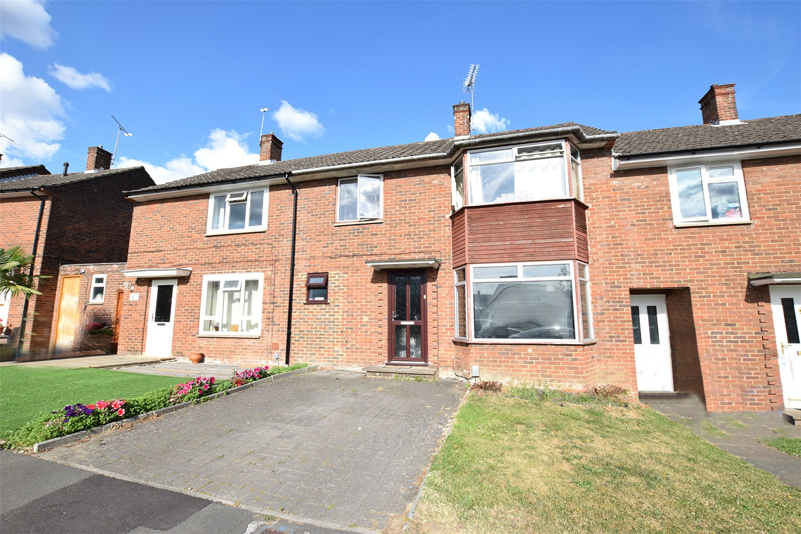 3 Bedrooms Terraced House for sale in Haversham Drive, Bracknell, Berkshire, RG12