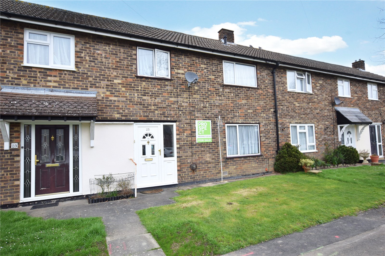 3 Bedrooms Terraced House for sale in Deepfield Road, Bracknell, Berkshire, RG12