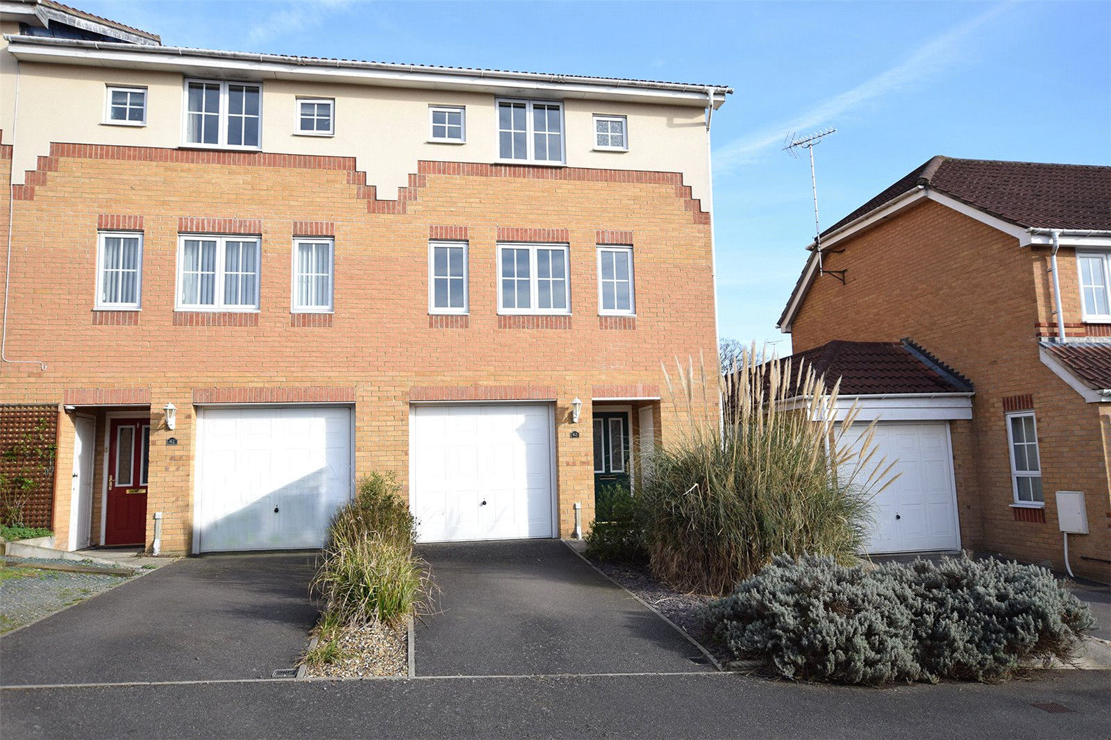 3 Bedrooms End Of Terrace House for sale in Hopper Vale, Bracknell, Berkshire, RG12