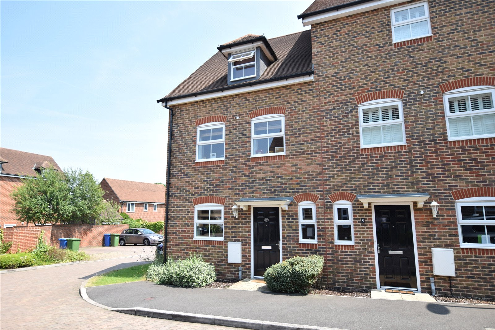 3 Bedrooms End Of Terrace House for sale in Capercaillie Close, Bracknell, Berkshire, RG12
