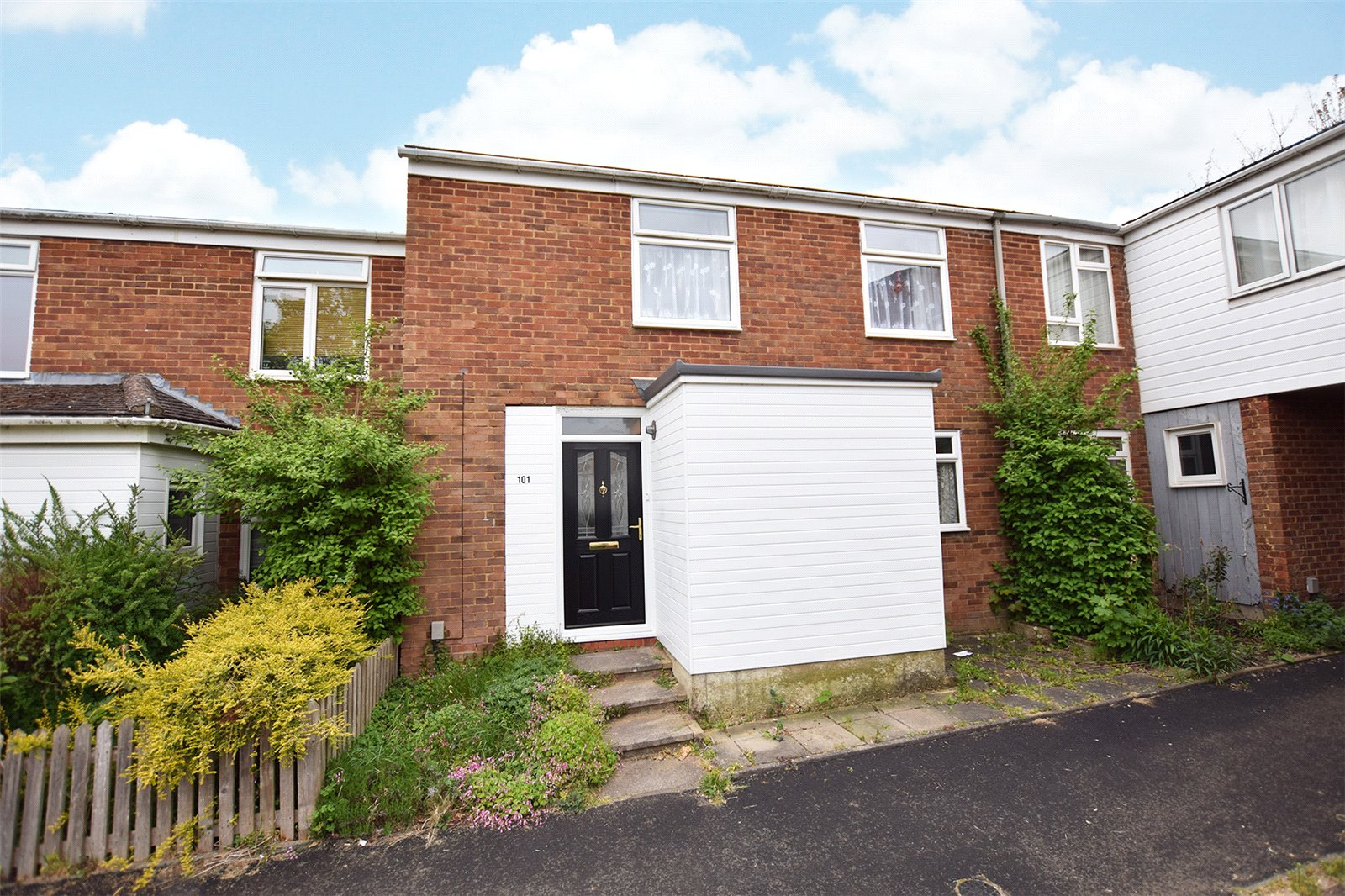 3 Bedrooms Terraced House for sale in Holbeck, Bracknell, Berkshire, RG12