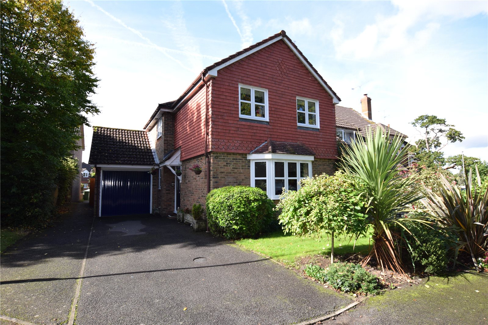 3 Bedrooms Detached House for sale in Culvercroft, Binfield, Berkshire, RG42