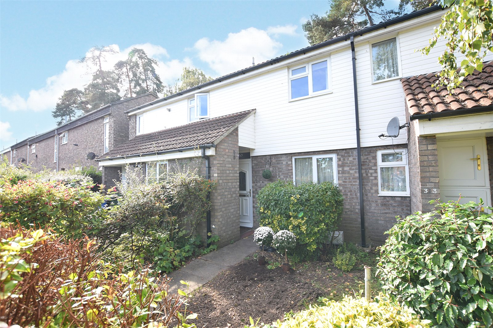 1 Bedroom Maisonette Flat for sale in Keepers Coombe, Crown Wood, Bracknell, Berkshire, RG12