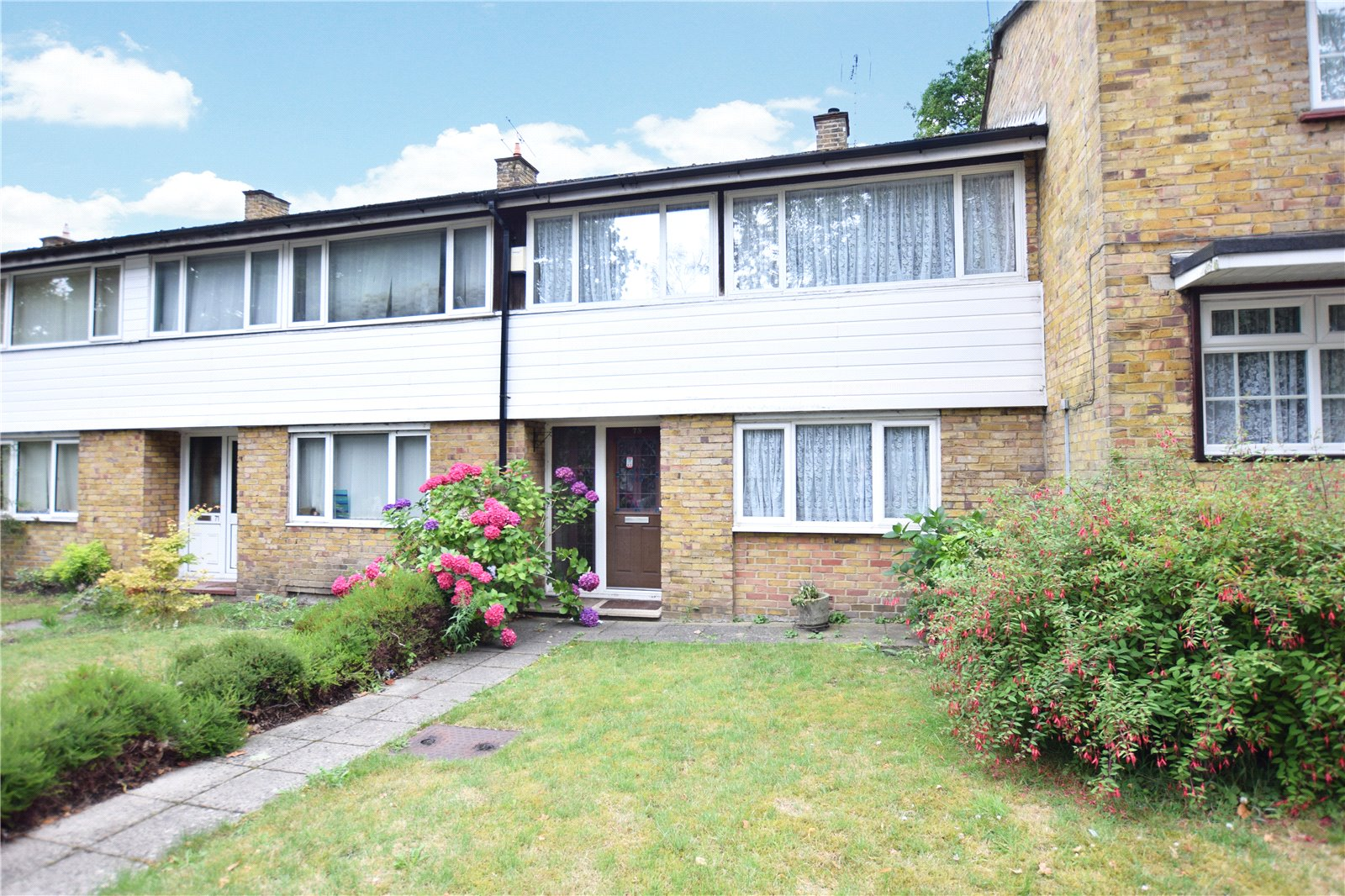 3 Bedrooms Terraced House for sale in Ralphs Ride, Bracknell, Berkshire, RG12