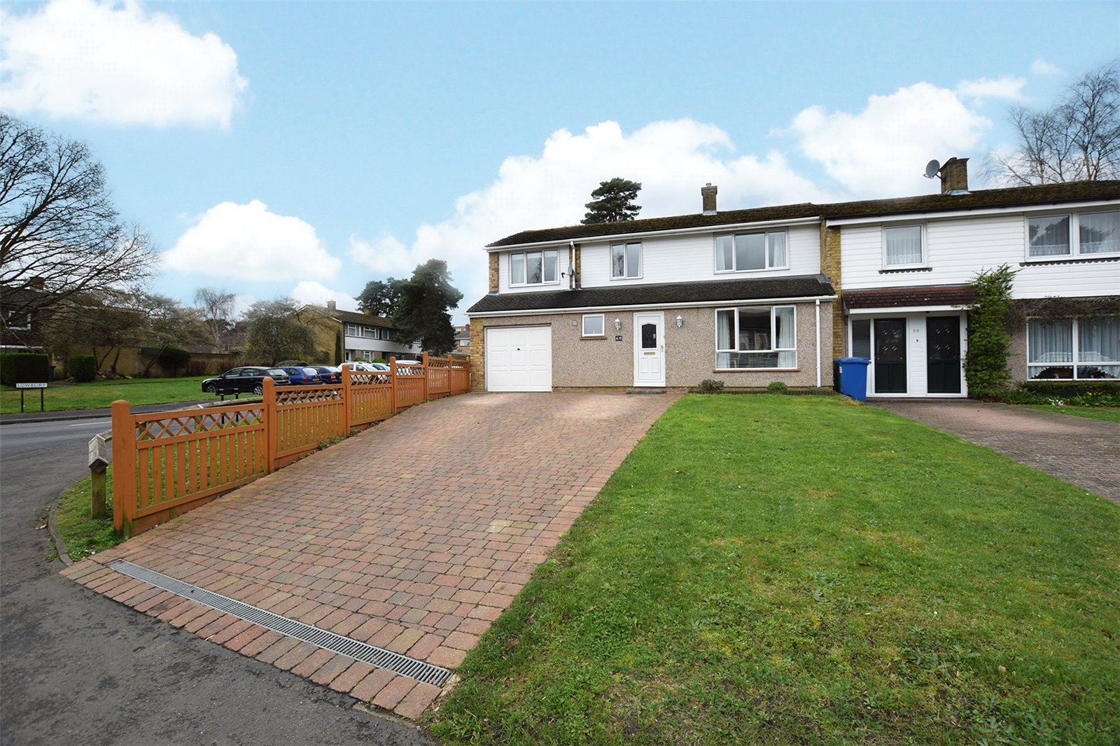 4 Bedrooms End Of Terrace House for sale in Uffington Drive, Bracknell, Berkshire, RG12