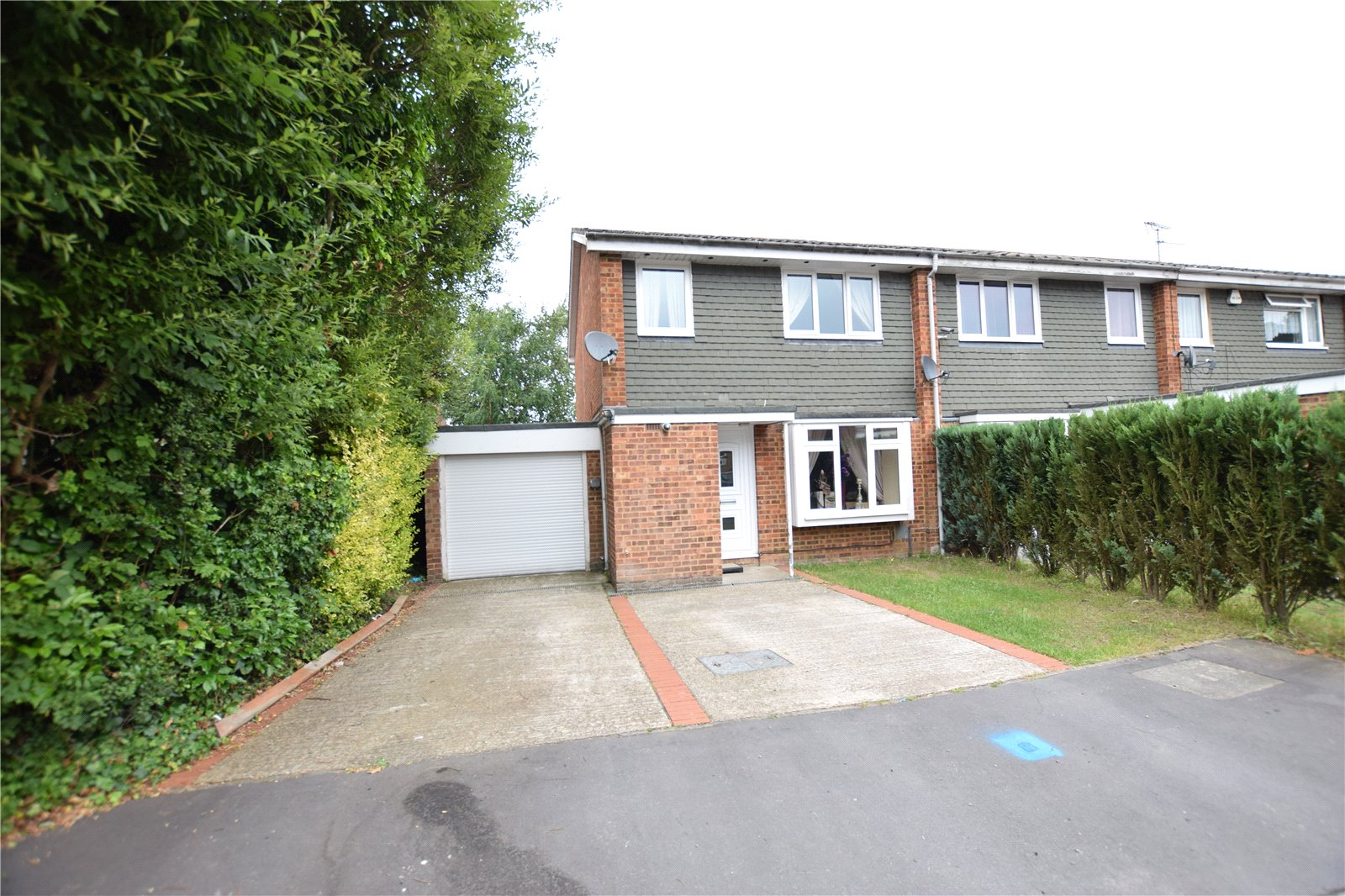 3 Bedrooms End Of Terrace House for sale in Knightswood, Bracknell, Berkshire, RG12