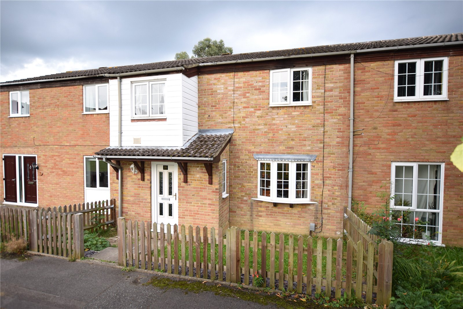 3 Bedrooms Terraced House for sale in Liscombe, Bracknell, Berkshire, RG12