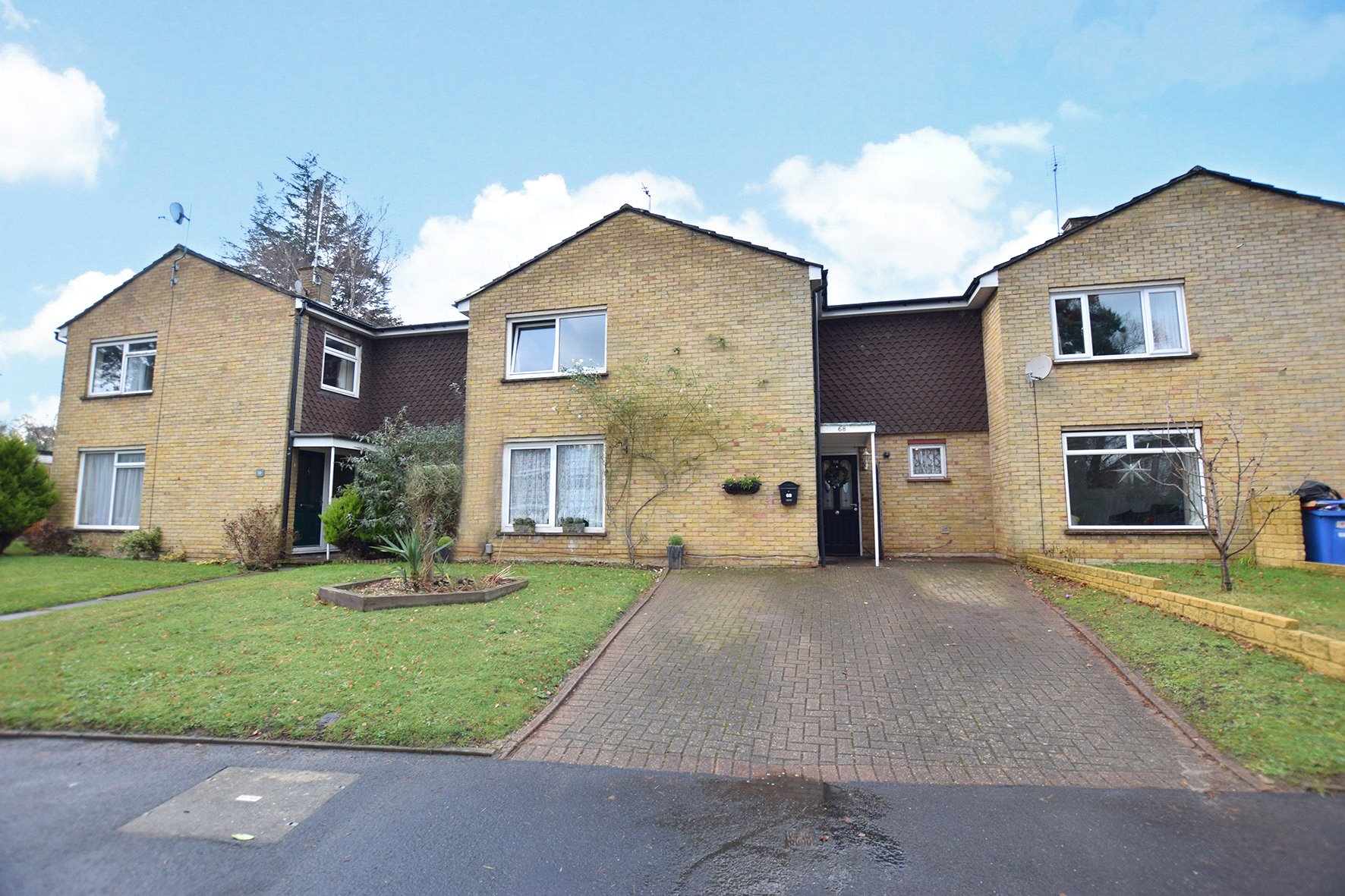4 Bedrooms Terraced House for sale in Uffington Drive, Bracknell, Berkshire, RG12