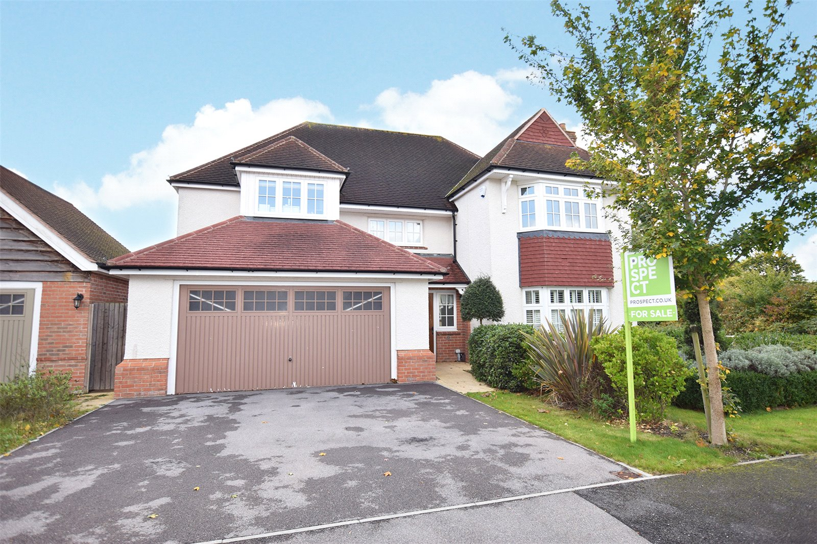 4 Bedrooms Detached House for sale in Swift Fields, Jennett's Park, Bracknell, Berkshire, RG12