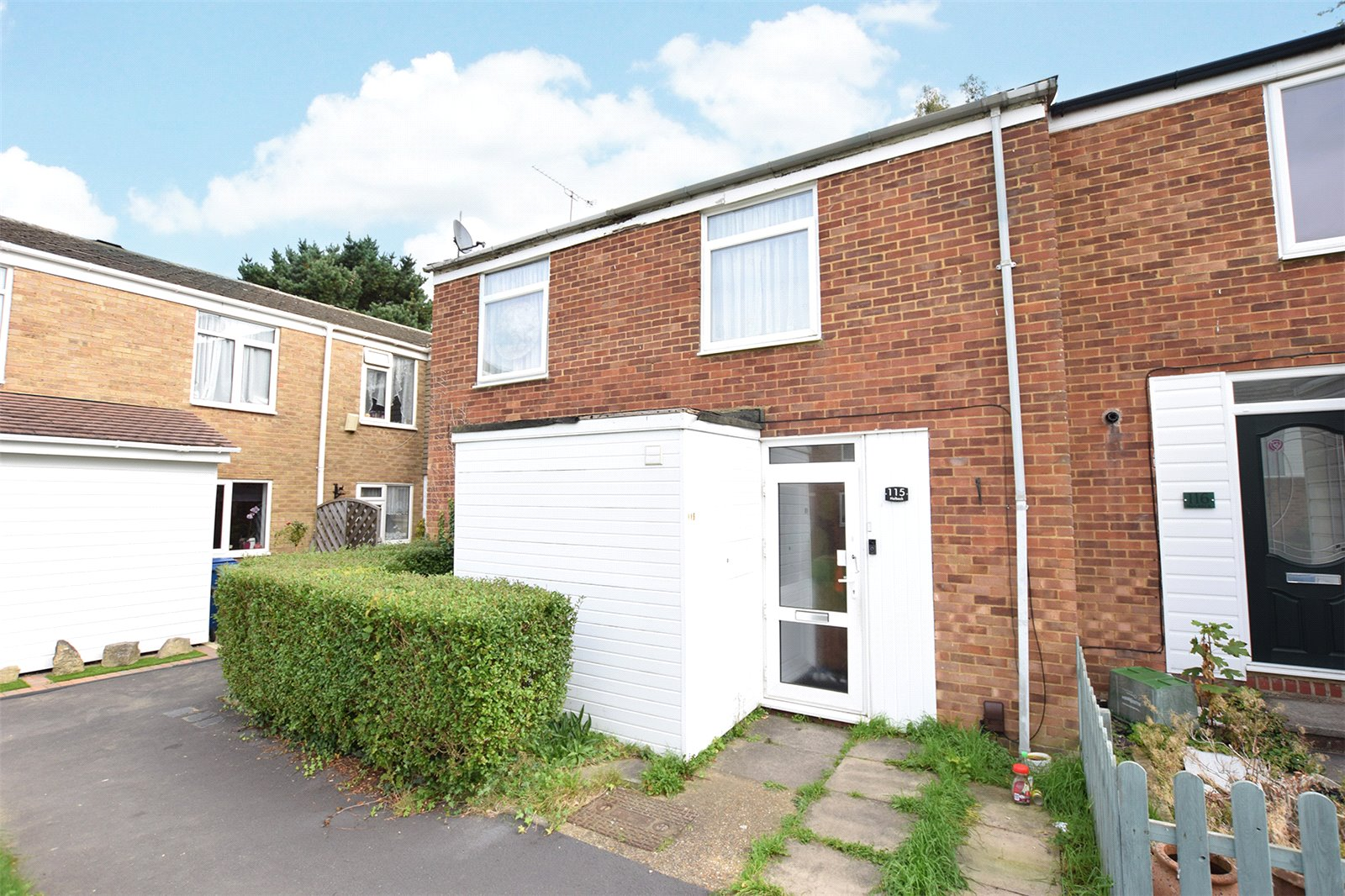 4 Bedrooms End Of Terrace House for sale in Holbeck, Bracknell, Berkshire, RG12