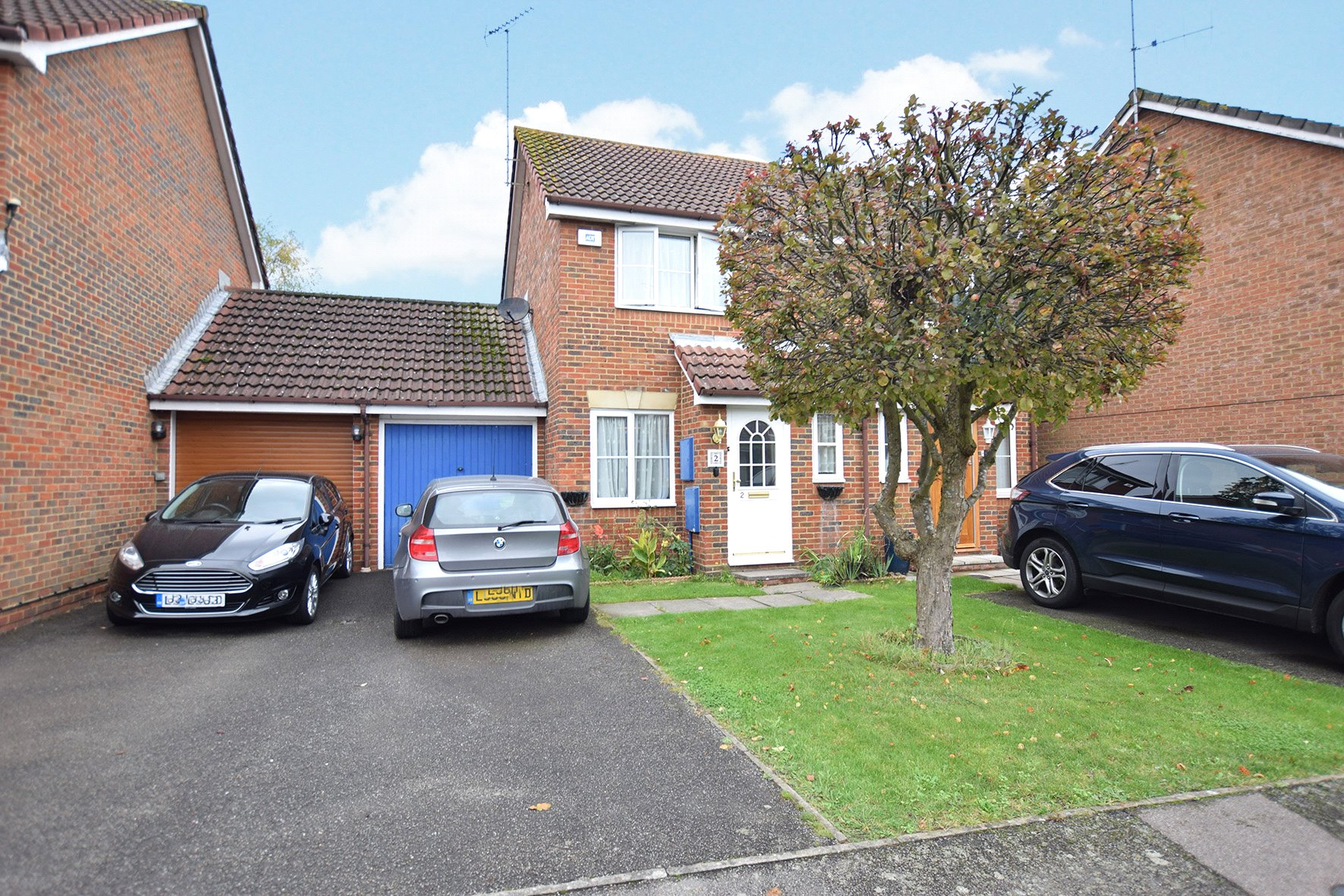 2 Bedrooms End Of Terrace House for sale in Culvercroft, Temple Park, Binfield, Berkshire, RG42