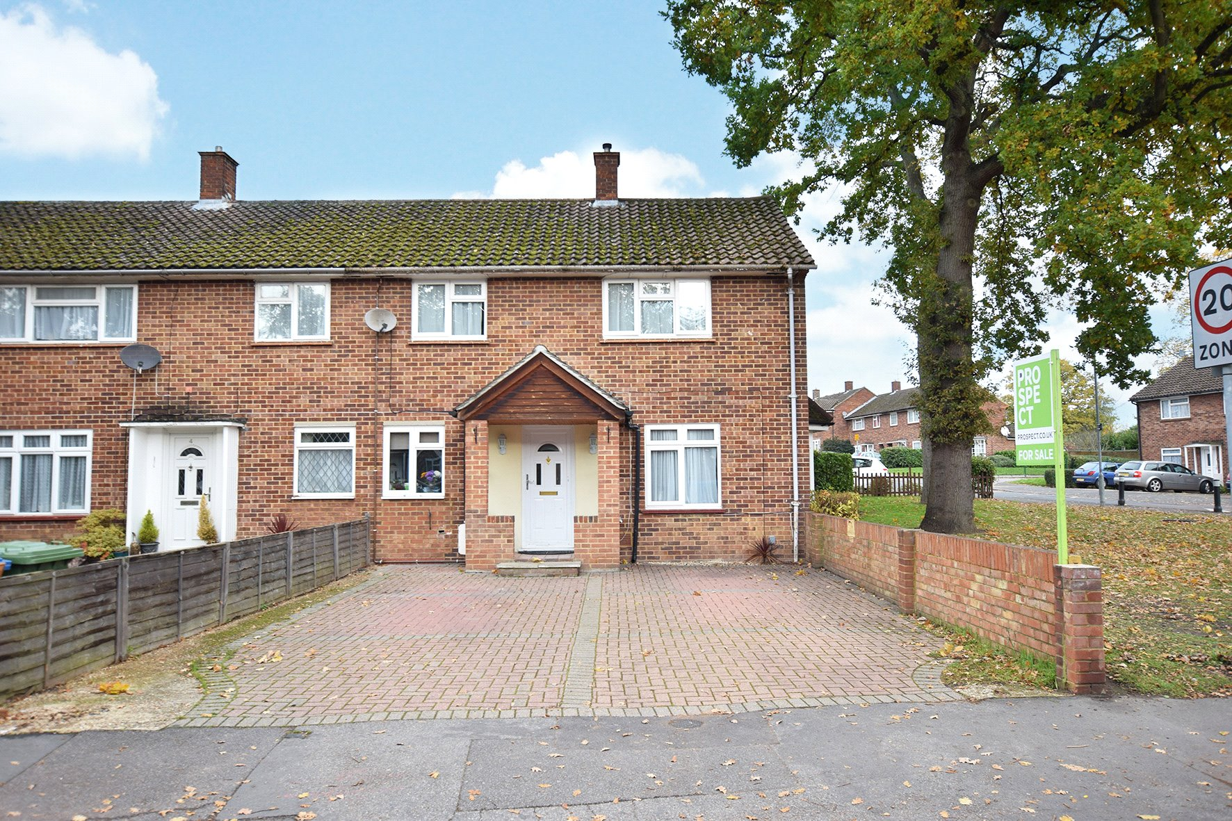 3 Bedrooms End Of Terrace House for sale in Kingsmere Road, Bracknell, Berkshire, RG42