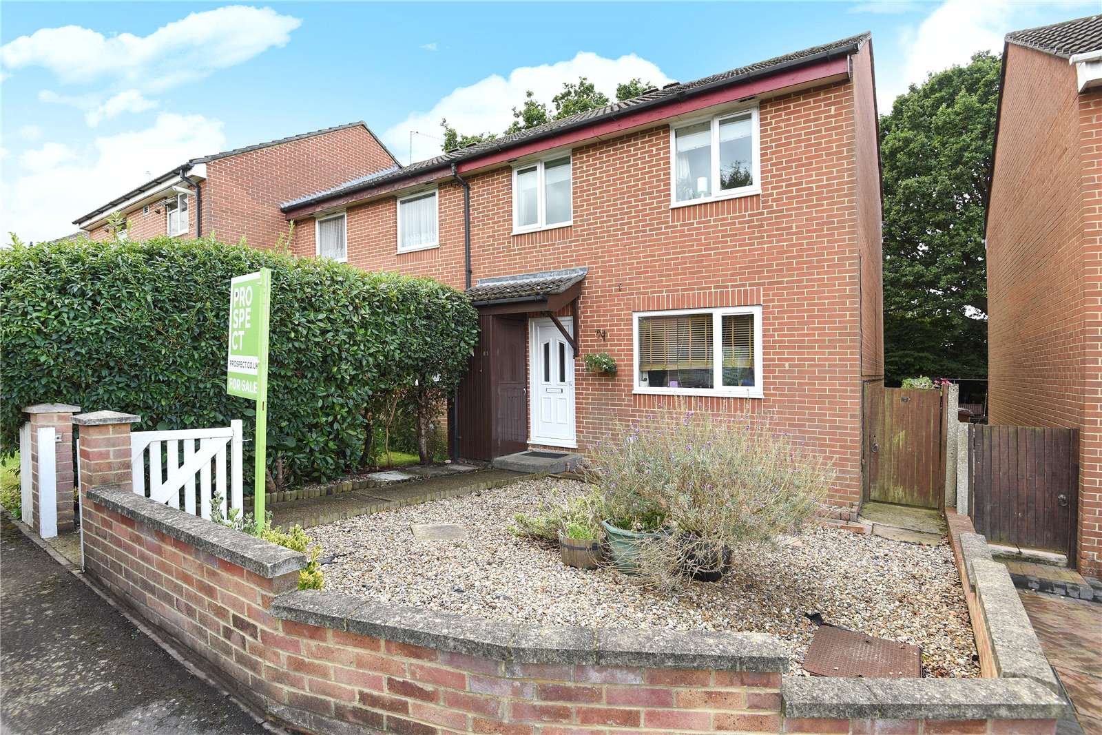 3 Bedrooms End Of Terrace House for sale in Humber Way, Sandhurst, Berkshire, GU47