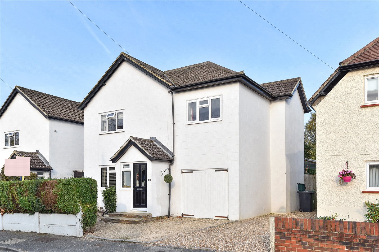 4 Bedrooms Detached House for sale in Cross Lane, Frimley Green, Camberley, Surrey, GU16