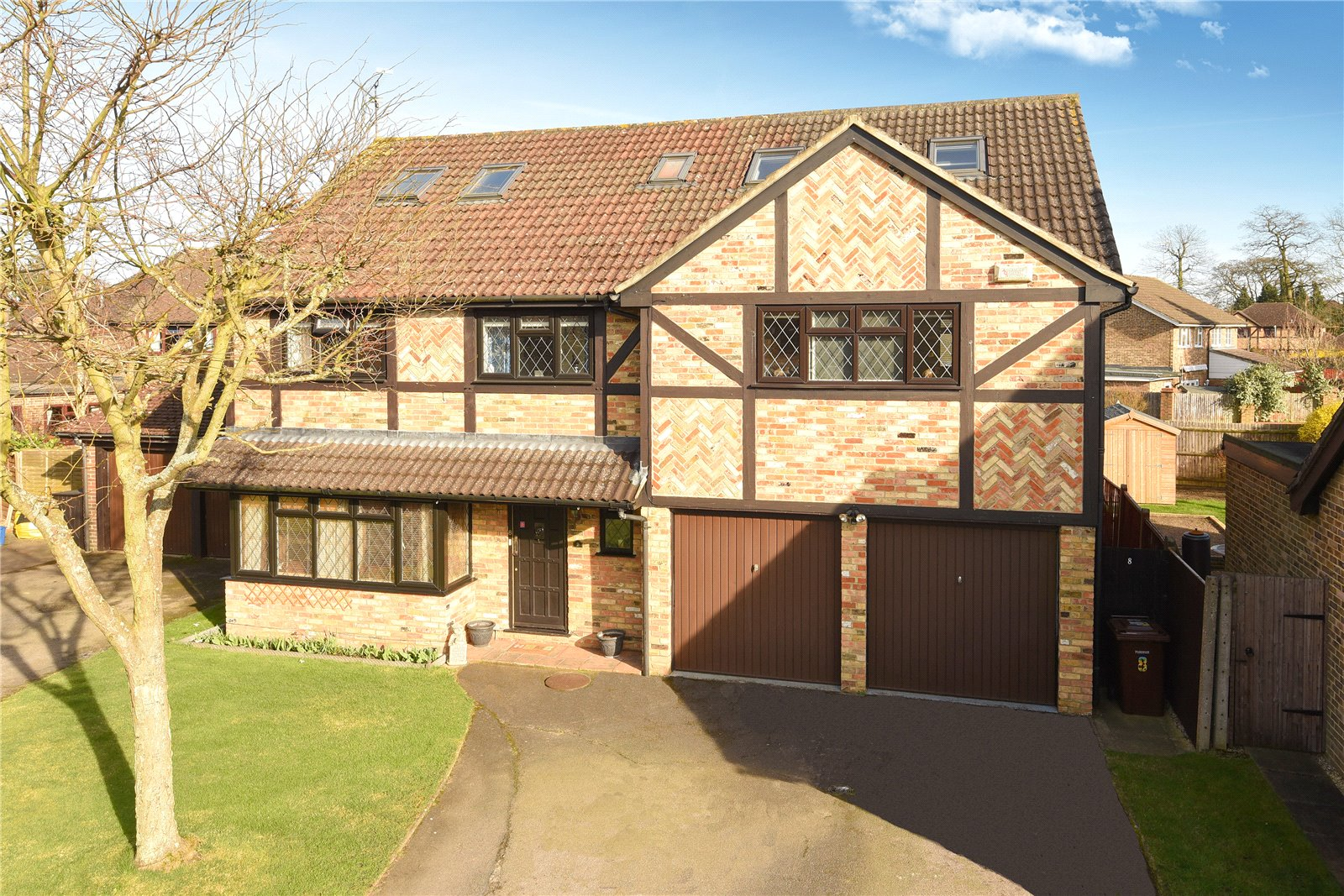 7 Bedrooms House for sale in Fennel Close, Farnborough, Hampshire, GU14