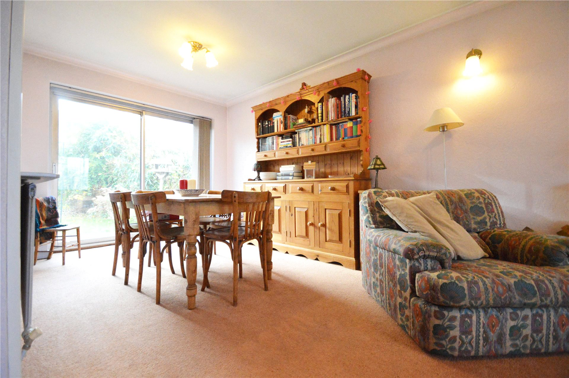 2 Bedrooms Detached Bungalow for sale in Moor Lane, Maidenhead, Berkshire, SL6