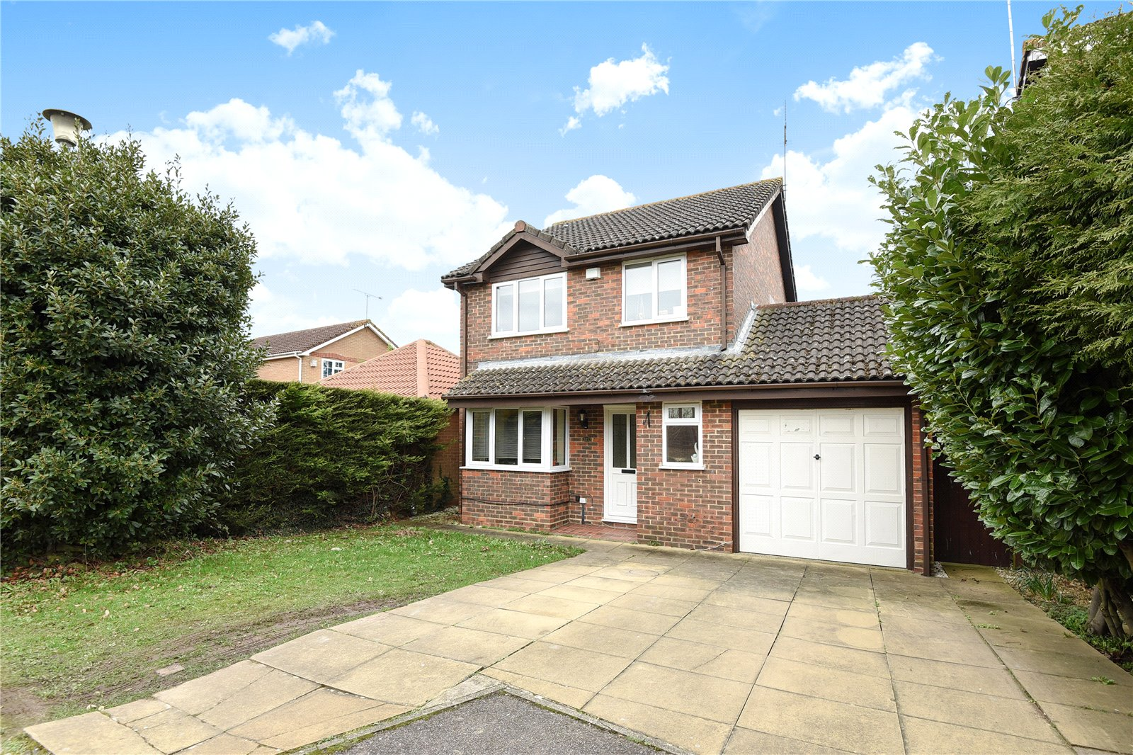 3 Bedrooms Detached House for sale in Tithe Barn Drive, Maidenhead, Berkshire, SL6
