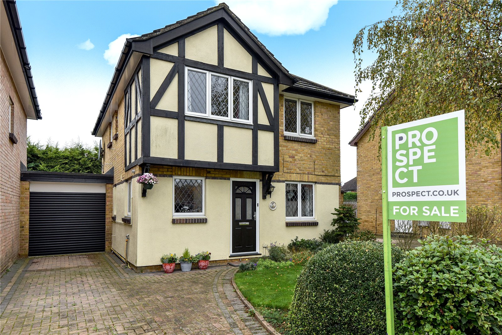 4 Bedrooms Detached House for sale in Loosen Drive, Maidenhead, Berkshire, SL6
