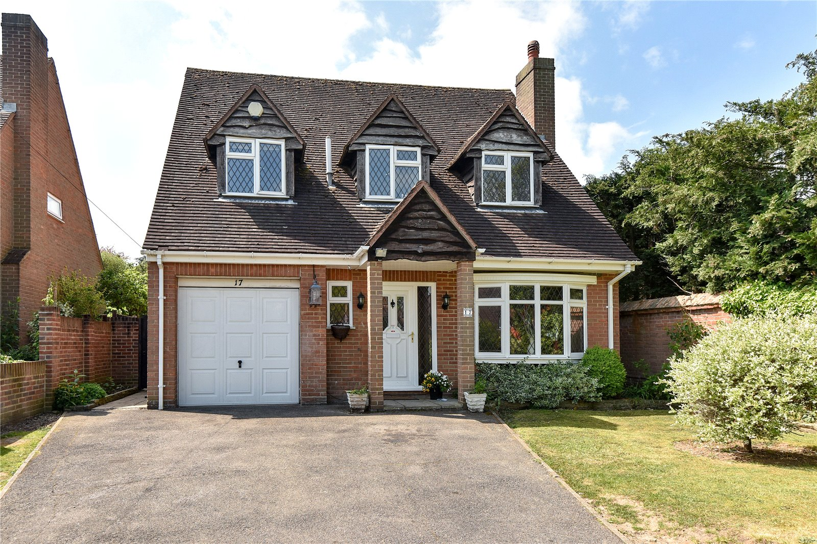 4 Bedrooms Detached House for sale in Bridle Road, Maidenhead, Berkshire, SL6