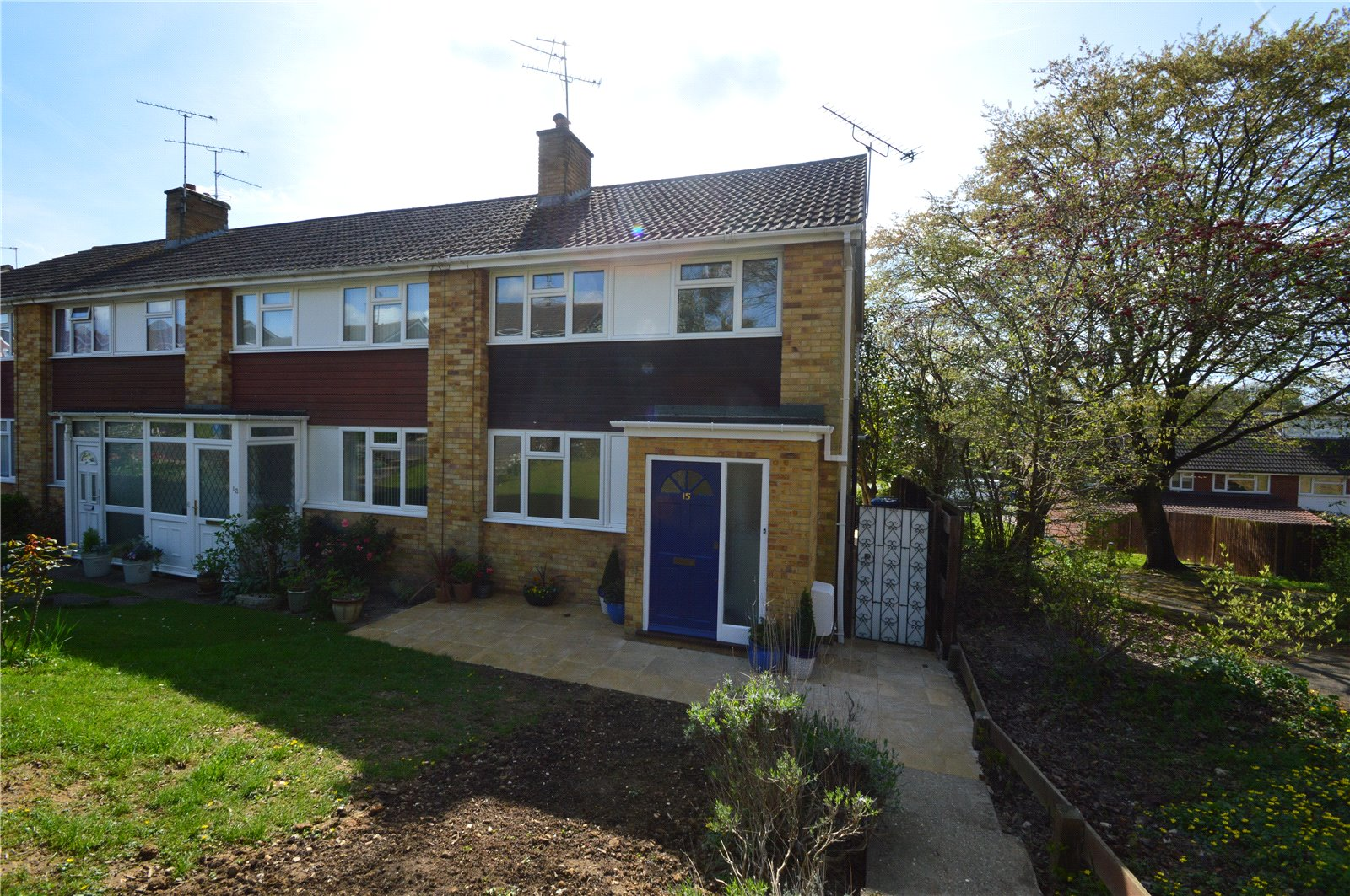 3 Bedrooms End Of Terrace House for sale in Wentworth Crescent, Maidenhead, Berkshire, SL6