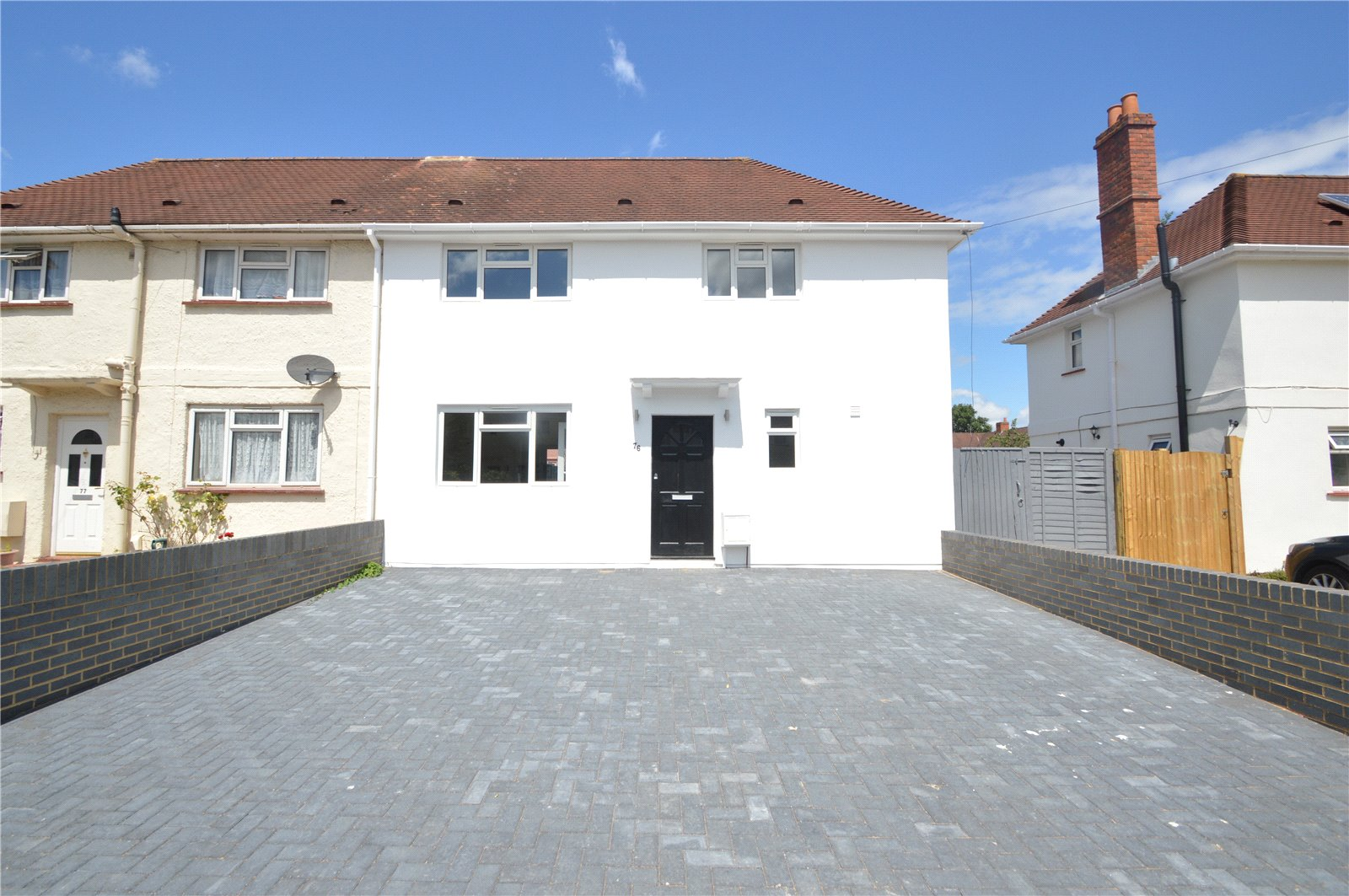 3 Bedrooms Semi Detached House for sale in Ellington Park, Maidenhead, Berkshire, SL6
