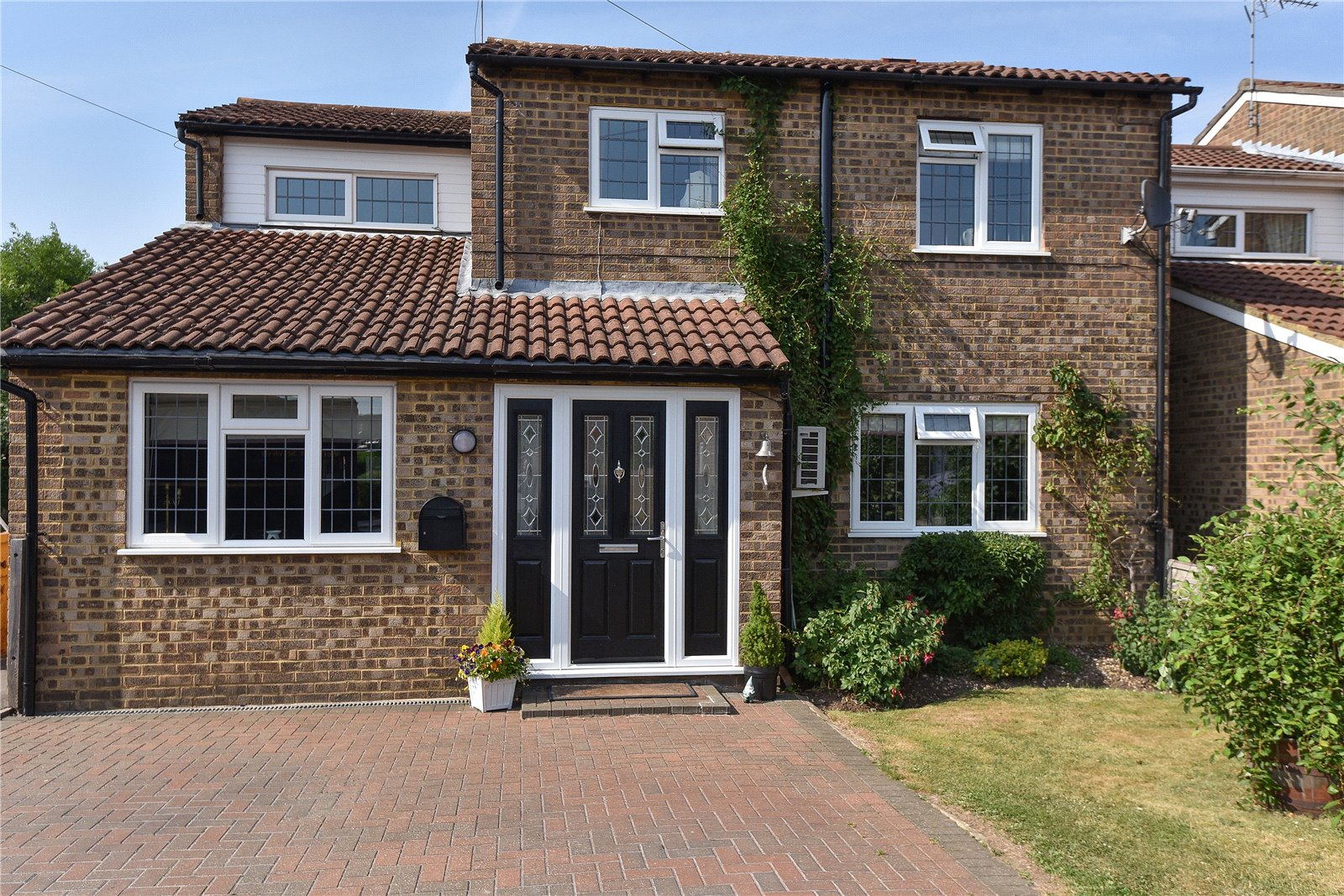4 Bedrooms Detached House for sale in Aysgarth Park, Maidenhead, Berkshire, SL6