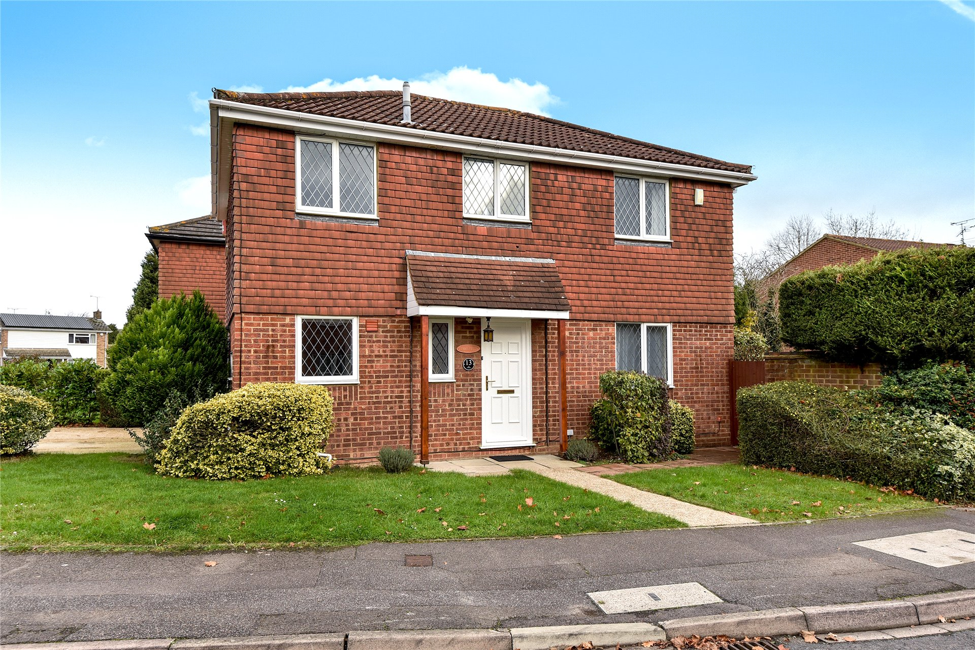 4 Bedrooms Detached House for sale in The Fairway, Maidenhead, Berkshire, SL6
