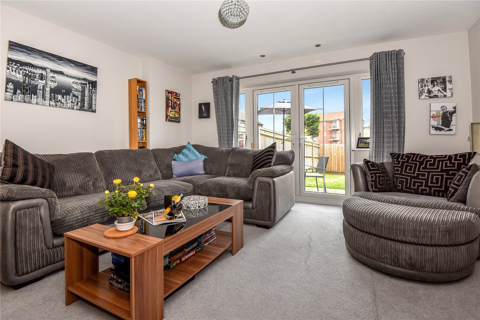 3 Bedrooms Terraced House for sale in Simpson Close, Maidenhead, Berkshire, SL6