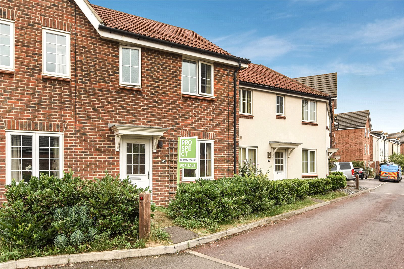 2 Bedrooms Terraced House for sale in Beatty Rise, Spencers Wood, Reading, Berkshire, RG7