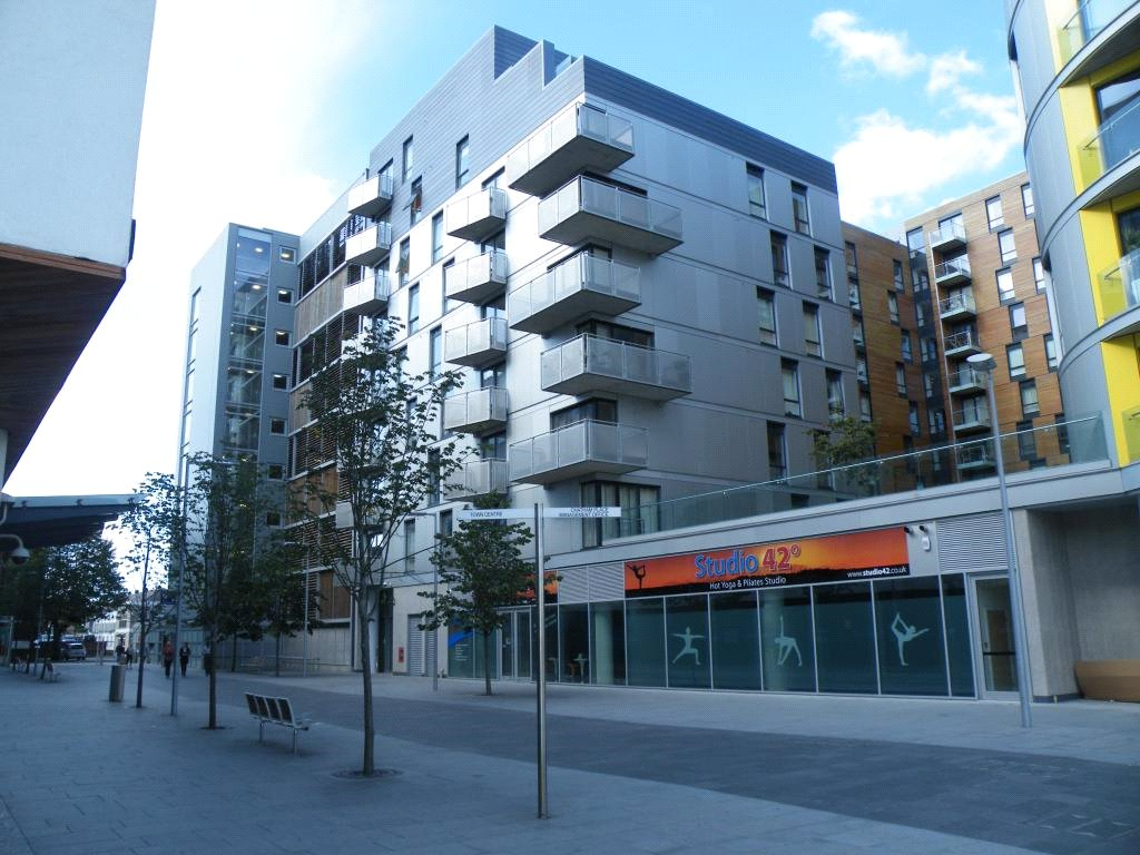 2 Bedrooms Apartment Flat for sale in Halcyon, Chatham Place, Reading, Berkshire, RG1