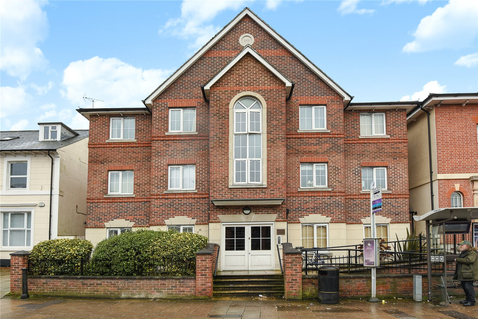 2 Bedrooms Apartment Flat for sale in Phoenix Place, Waylen Street, Reading, Berkshire, RG1