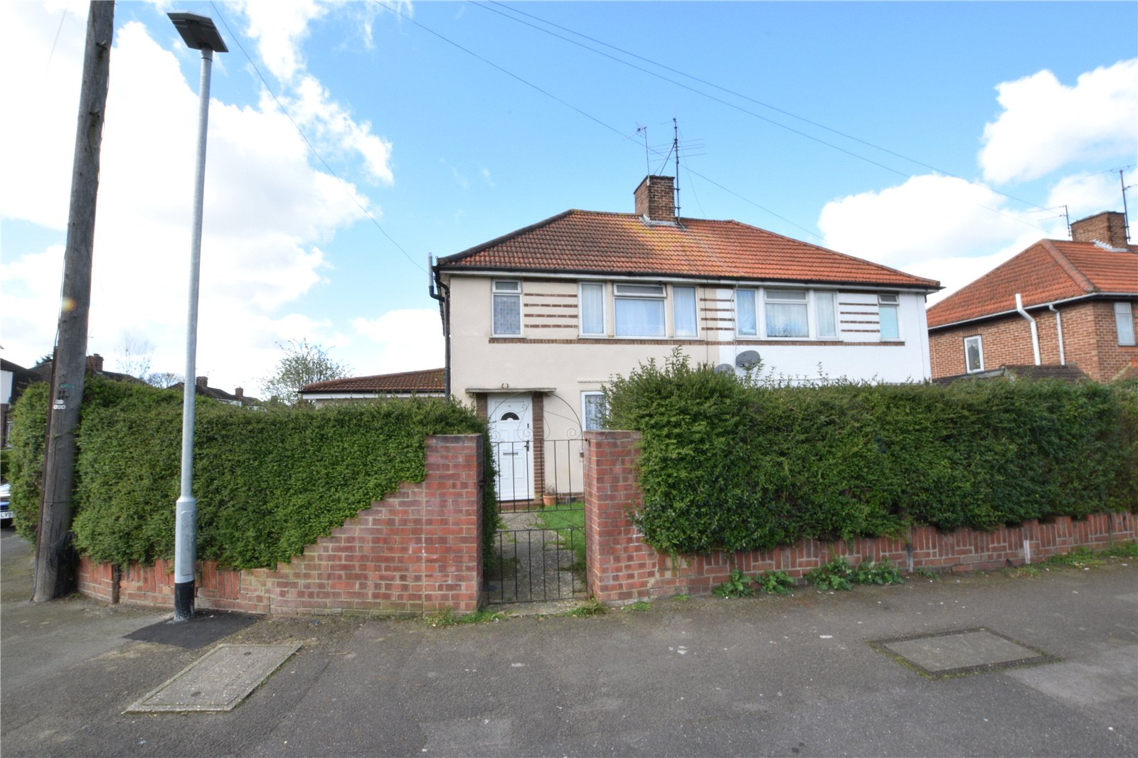 4 Bedrooms Semi Detached House for sale in Blandford Road, Reading, Berkshire, RG2