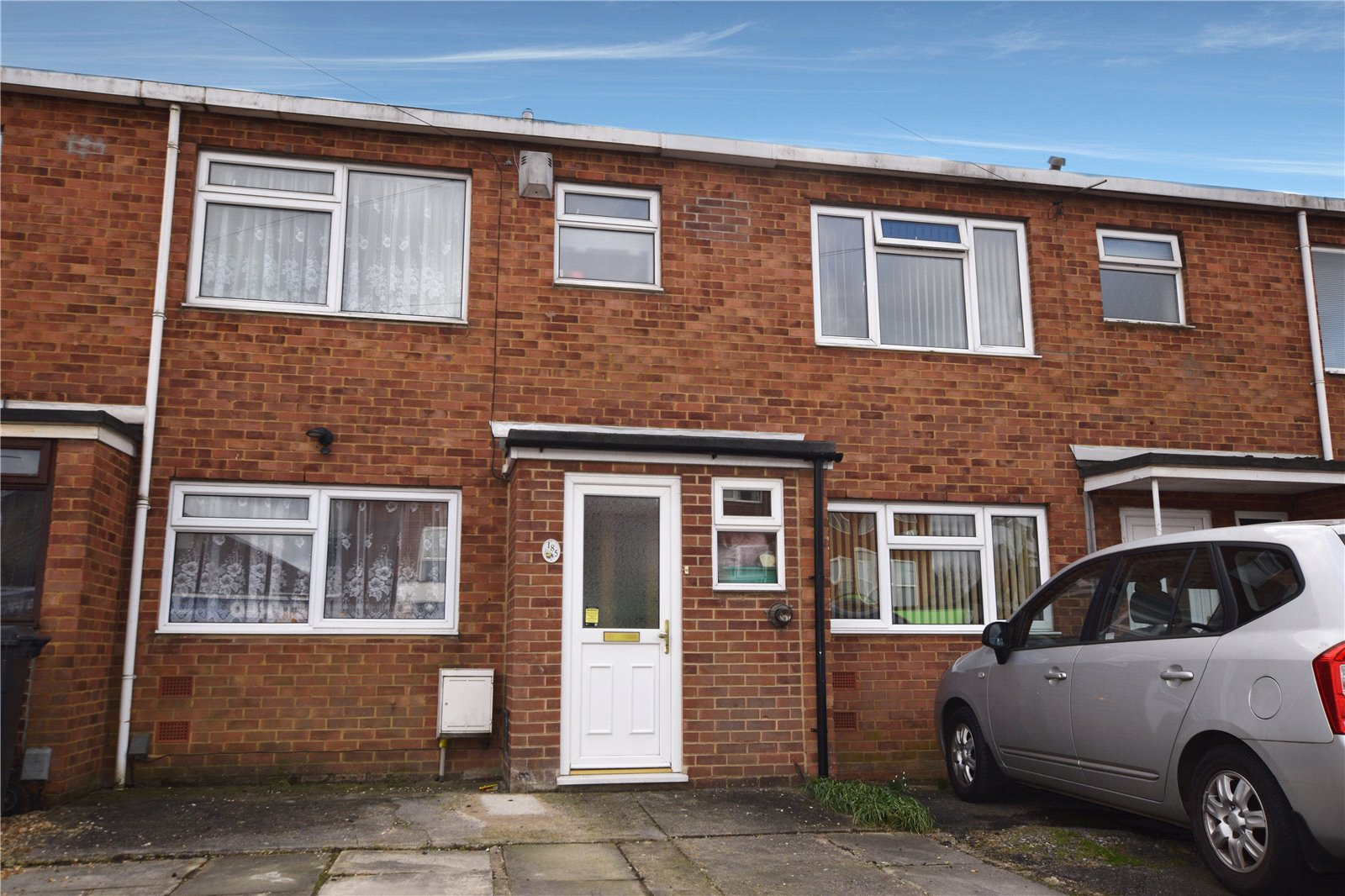 3 Bedrooms Terraced House for sale in Whitley Wood Road, Reading, Berkshire, RG2