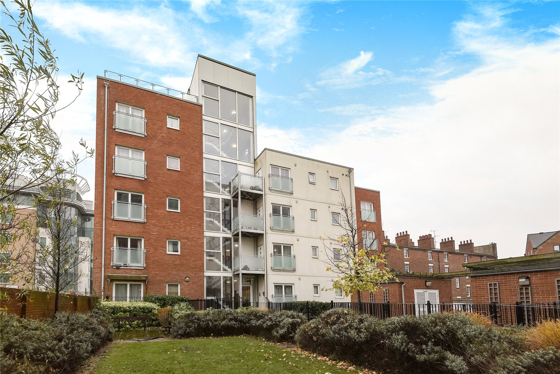 1 Bedroom Apartment Flat for sale in Malcolm Place, Caversham Road, Reading, Berkshire, RG1