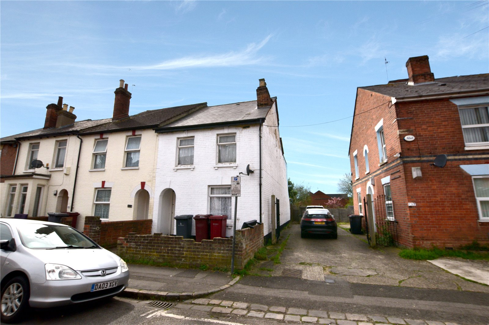 3 Bedrooms End Of Terrace House for sale in Cumberland Road, Reading, Berkshire, RG1