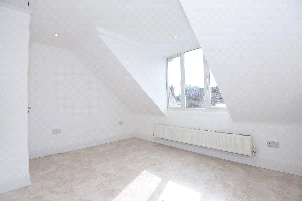 1 Bedroom Apartment Flat for sale in Waverley Road, Reading, Berkshire, RG30