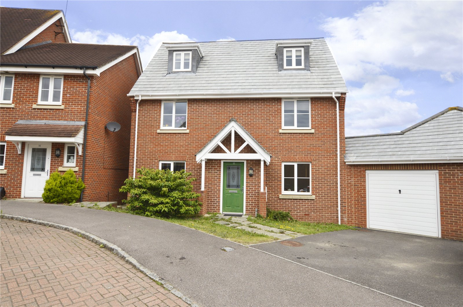 5 Bedrooms Detached House for sale in Ducketts Mead, Shinfield, Reading, Berkshire, RG2