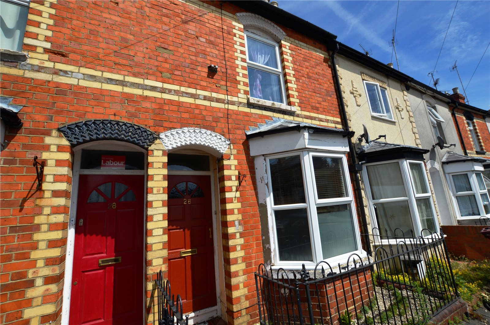 2 Bedrooms Terraced House for sale in Waldeck Street, Reading, Berkshire, RG1