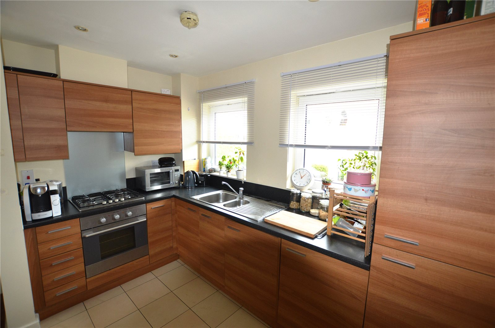 2 Bedrooms Apartment Flat for sale in Tean House, Havergate Way, Reading, Berkshire, RG2