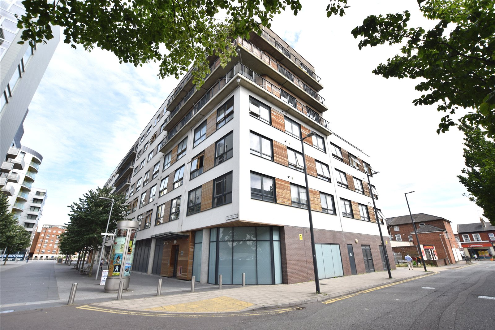 2 Bedrooms Apartment Flat for sale in Mayer House, Chatham Place, Reading, Berkshire, RG1