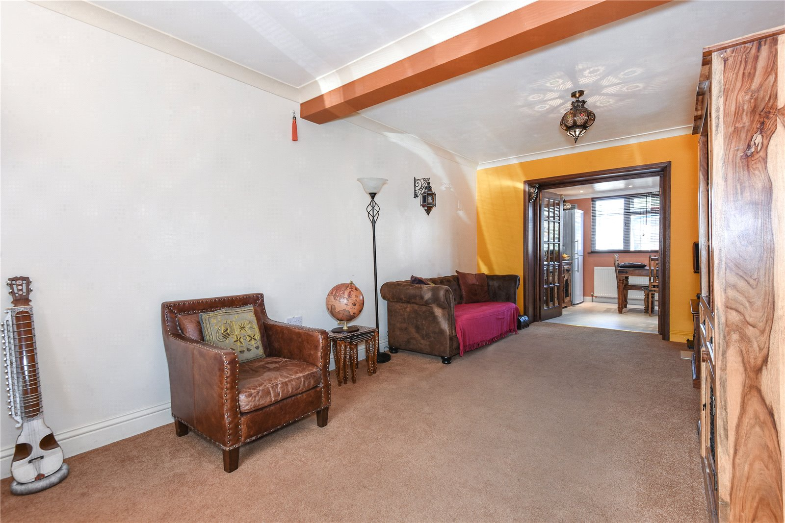 3 Bedrooms Semi Detached House for sale in Beresford Avenue, Slough, Berkshire, SL2