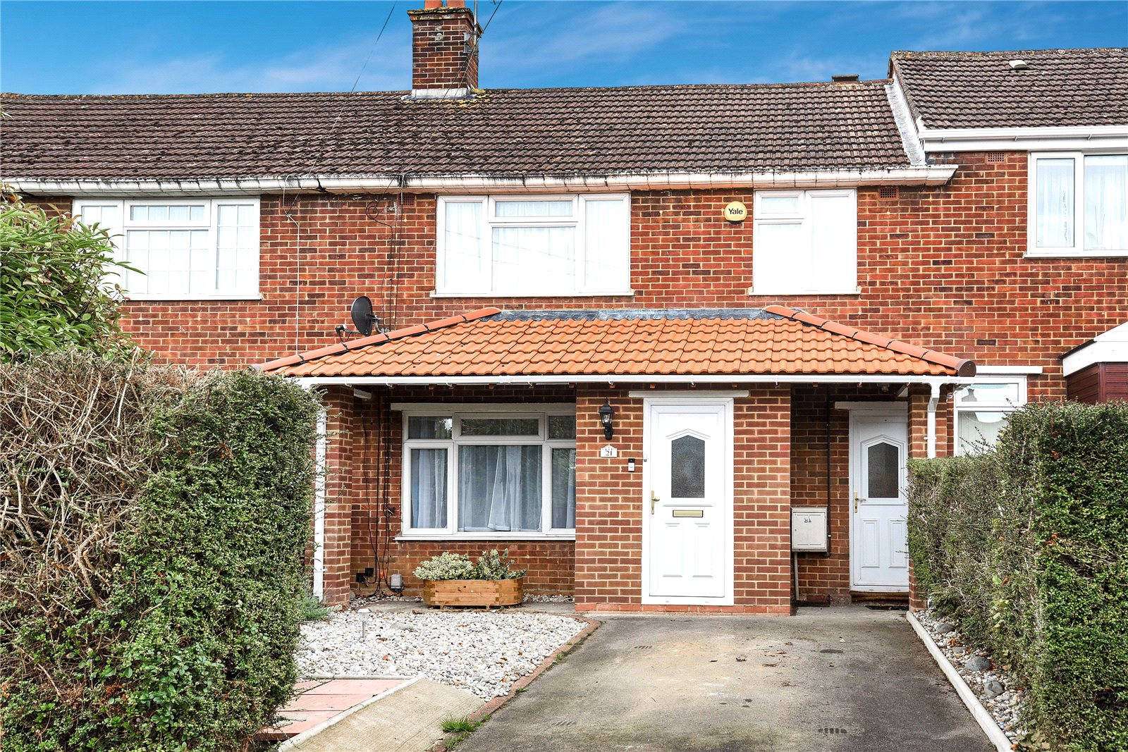 3 Bedrooms Terraced House for sale in Gainsborough Road, Reading, Berkshire, RG30