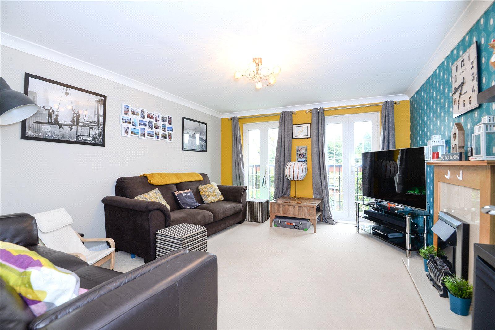 3 Bedrooms Terraced House for sale in Benham Drive, Spencers Wood, Reading, Berkshire, RG7
