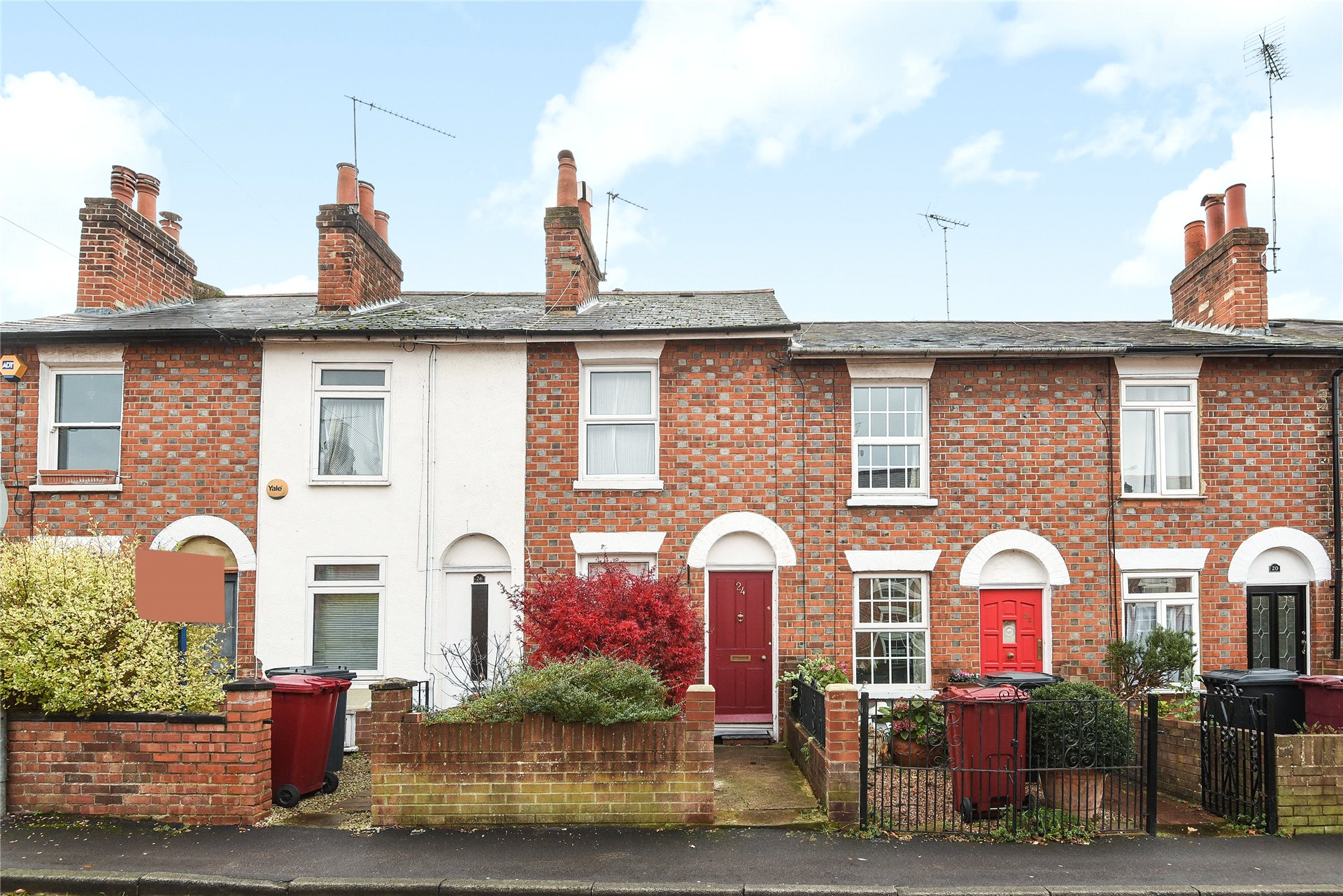 2 Bedrooms Terraced House for sale in St. Johns Road, Reading, Berkshire, RG1
