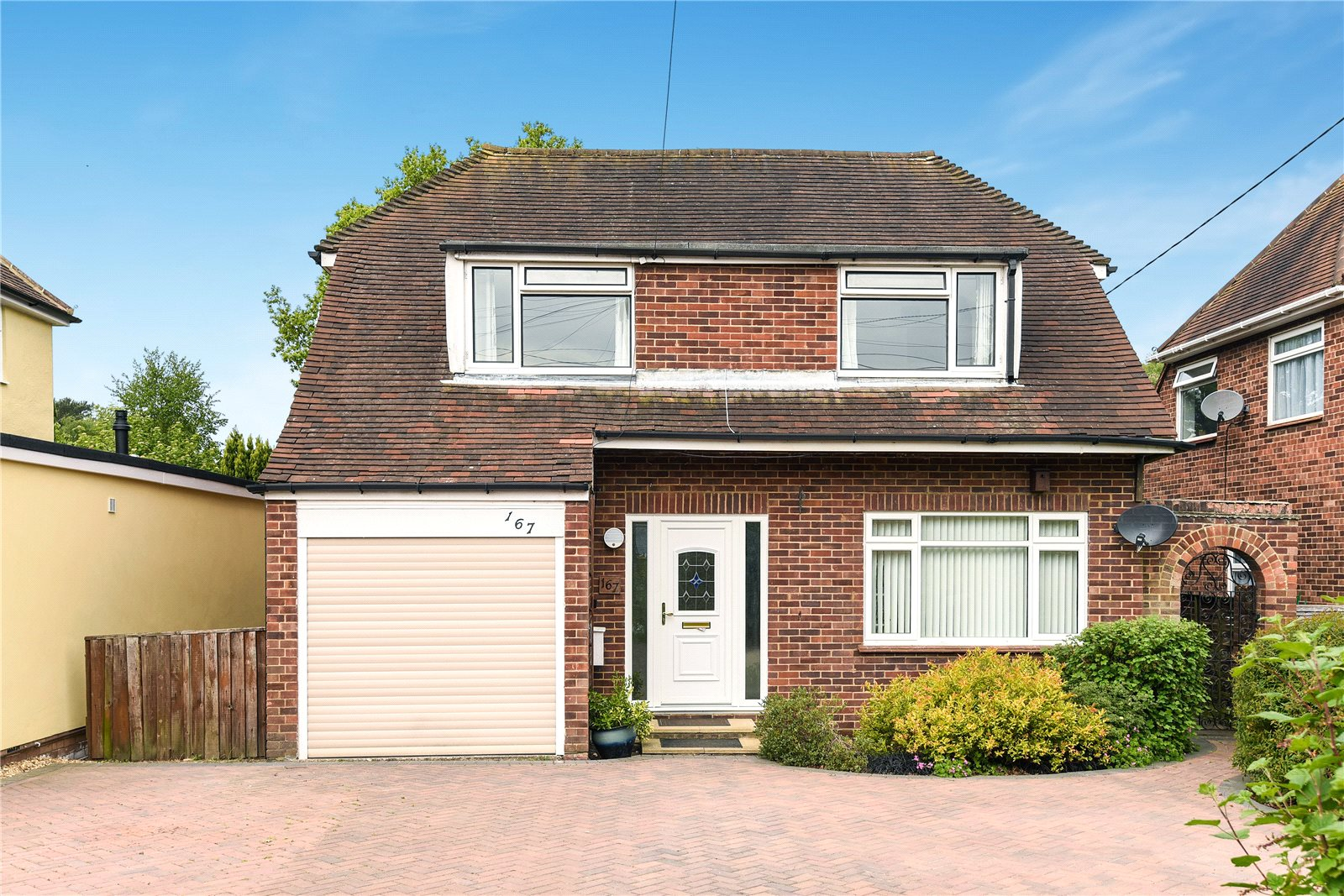 3 Bedrooms Detached House for sale in Branksome Hill Road, College Town, Sandhurst, Berkshire, GU47