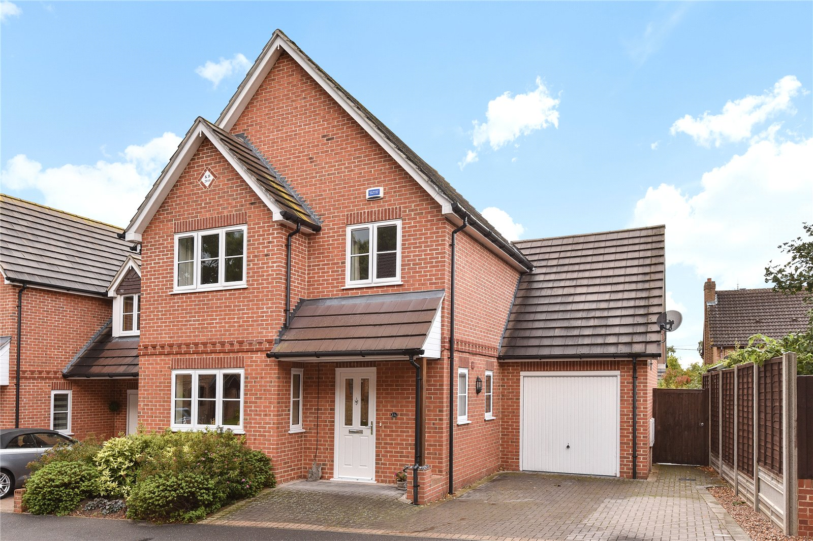 4 Bedrooms Detached House for sale in Cannon Close, College Town, Sandhurst, Berkshire, GU47